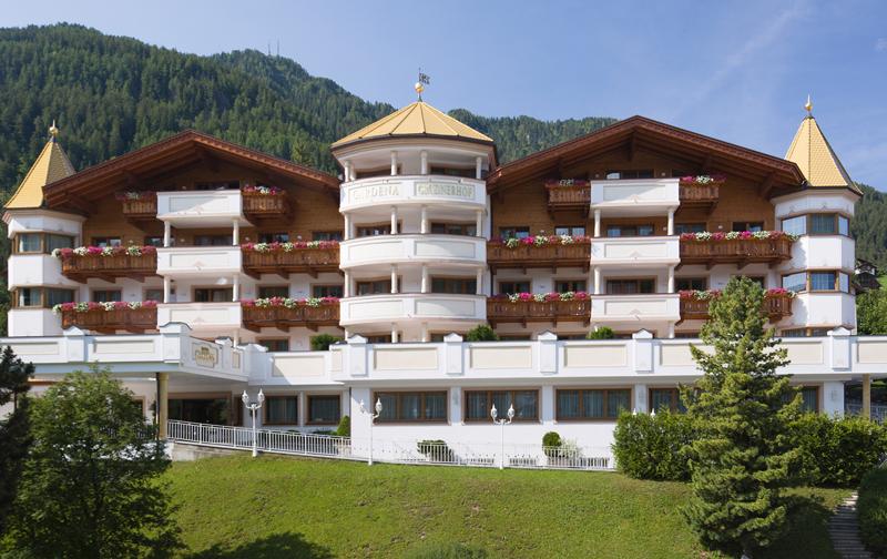 Stadt bozen bozen for Bozen design hotel