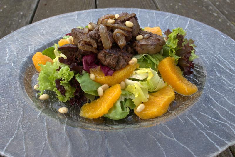 Orangen-Hühnerleber Salat
